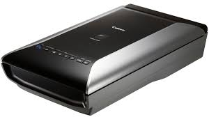 Canon LiDE 5600f scanner